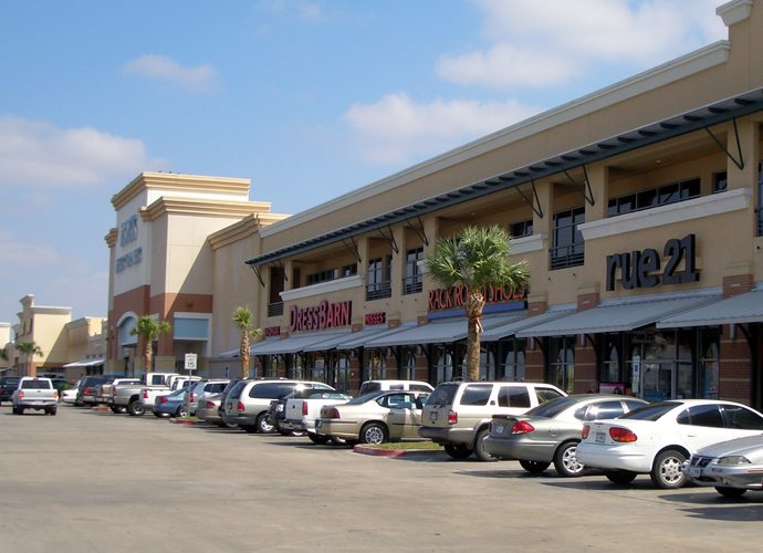 TRENTON CROSSING SHOPPING CENTER, MCALLEN, TEXAS